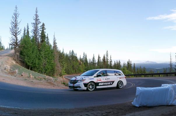 Honda-Odyssey-Pikes-Peak