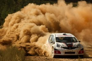 036948-honda-turns-up-heat-international-rally-queensland.1-lg